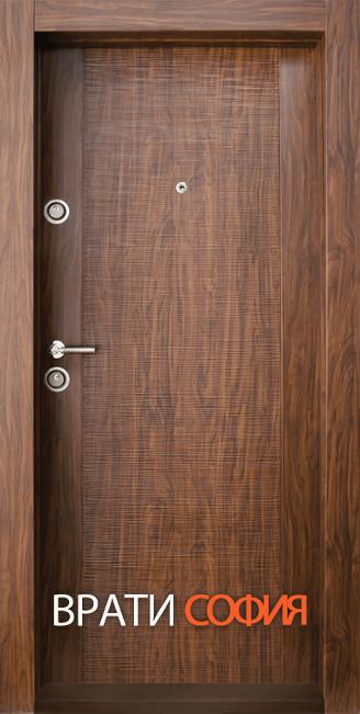 Блиндирана входна врата BG 002, цвят Златен дъб