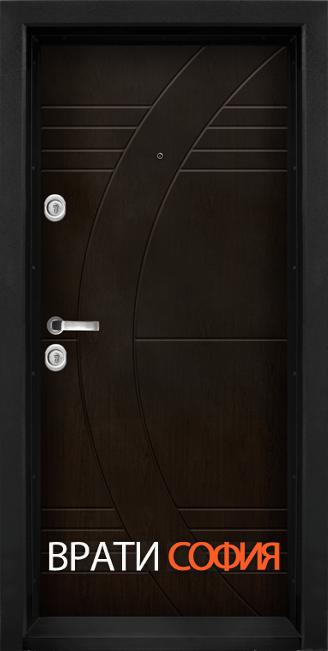 Блиндирана входна врата T 909